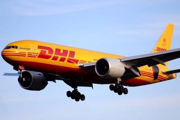 Chuyển phát nhanh DHL